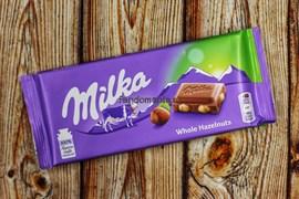 Шоколад Milka с цельным орехом