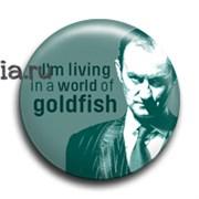 "Значок ""I'm living in a world of goldfish"" (Шерлок)"