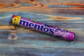 Жевательные конфеты Mentos Grape