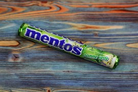 Жевательные конфеты Mentos Green Apple