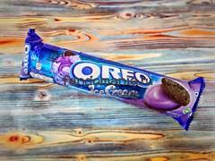 """Печенье шоколадное """"Oreo"""" со вкусом черничного мороженого"""