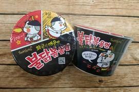 """Лапша со вкусом курицы, острая """"""""Hot chicken flavor ramen"""" (Корея)"""